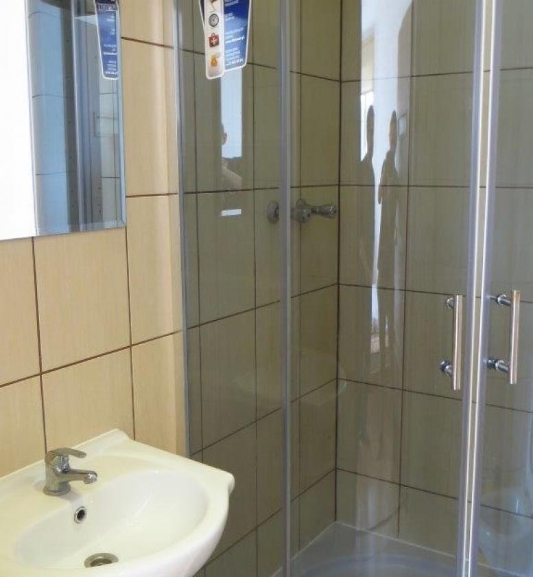 Przykładowa łazienka - Pokoje Barabra Dziwnów